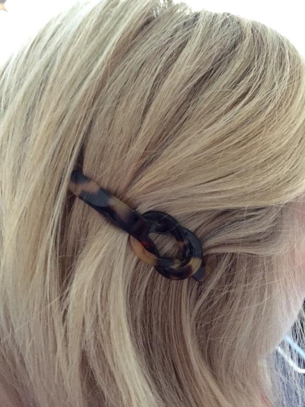 Stone Bridge Knot Hair Slide